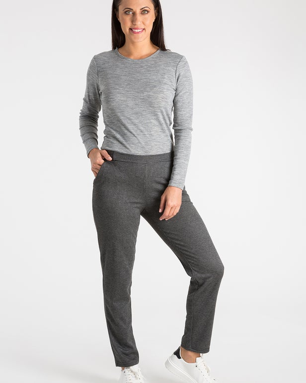 Relaxed Jacqurd Ponti Extra Short Pant