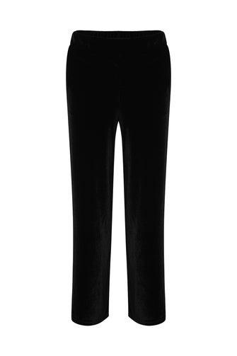 Velour Knit Short Pant